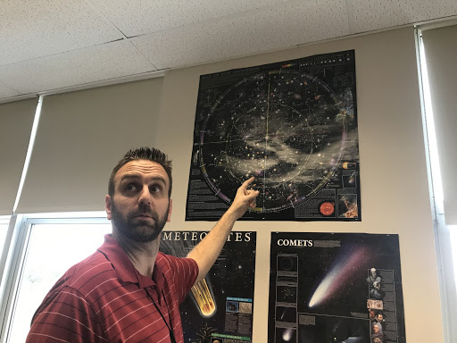 Astronomy teacher Nicholas Bilotti explains star life cycles to his 2nd block class.
