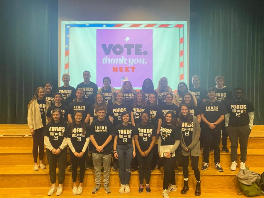 The seniors of the Young Democrats and Future Republicans prepared for their Voter Registration Drive assembly, where they registered over 280 seniors at Haverford.